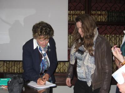 DACIA MARAINI FOTO ANTOstudentessa autografo